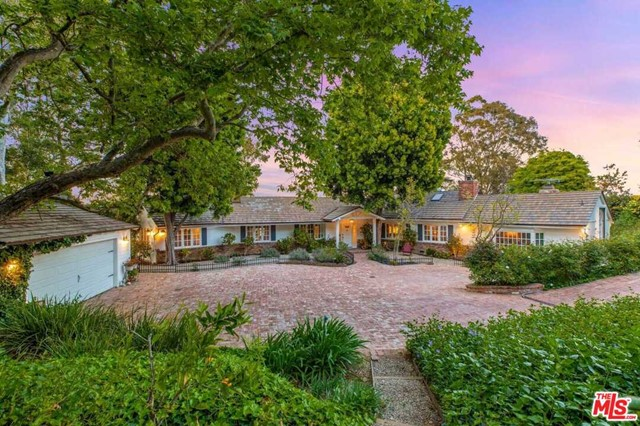 Photo of 3555 BEVERLY GLEN Terrace, Sherman Oaks, CA 91423