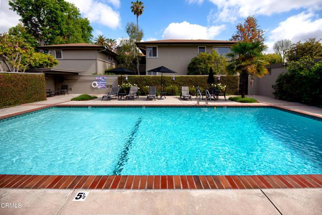 960 S Orange Grove Boulevard, Pasadena CA: http://media.crmls.org/mediaz/A7E9456D-1427-462E-849A-AAB5A8CF238E.jpg