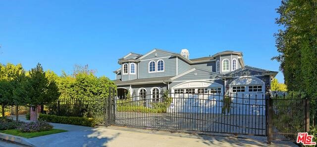 Single Family Home for Sale at 4312 Beeman Avenue Studio City, California 91604 United States