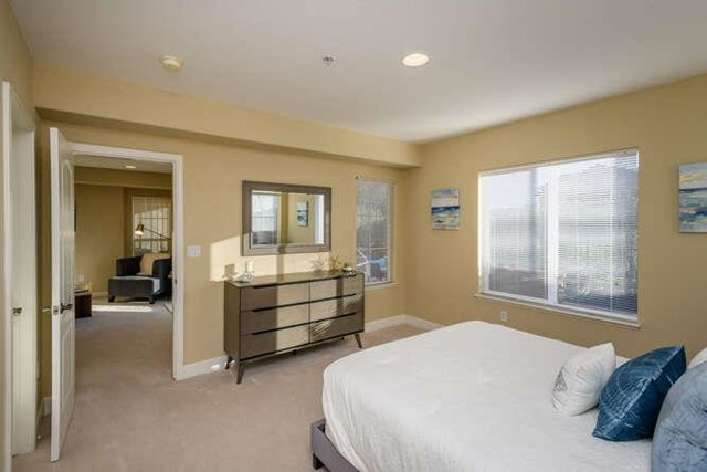 5 West Way, South San Francisco CA: http://media.crmls.org/mediaz/A85ADE6B-D7CA-499B-B4CC-0171D5D4047C.jpg