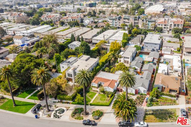 3875 Marcasel Ave, Los Angeles, CA 90066 photo 40
