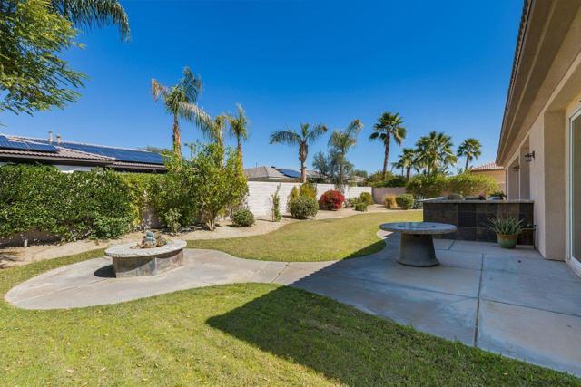 120 Brenna Lane, Palm Desert CA: http://media.crmls.org/mediaz/A8E7B759-CDED-44BA-AEDC-15581F460AE6.jpg