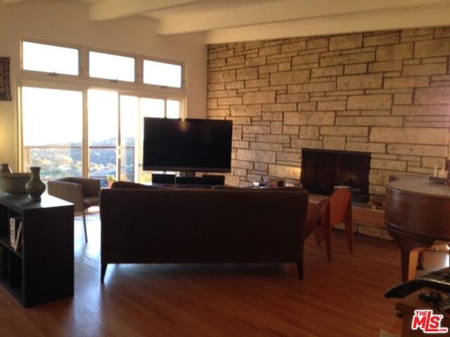Rental Homes for Rent, ListingId:30373669, location: 1325 KENTER Avenue Los Angeles 90049