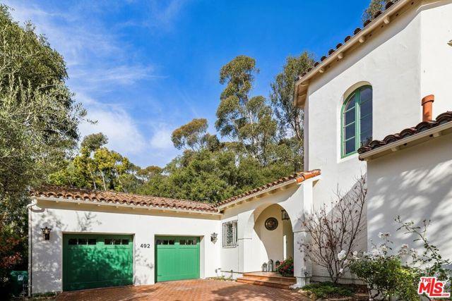 492 Monarch Lane, Santa Barbara CA: http://media.crmls.org/mediaz/A9579711-B073-46A7-918A-A30D926C1248.jpg