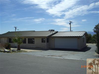 66563 5th Street, Desert Hot Springs CA: http://media.crmls.org/mediaz/A9A0E2C9-D1A3-4AAF-A638-ED7F276D0B1F.jpg