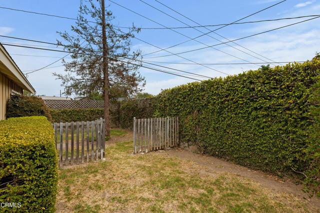 484 Rancho Drive, Ventura CA: http://media.crmls.org/mediaz/A9B48C1A-7C71-40FC-9A6E-EFAD1DB99903.jpg