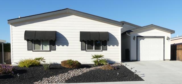 73230 Adobe Springs Drive, Palm Desert CA: http://media.crmls.org/mediaz/A9EE9AD1-BEA4-407D-A8BF-E67A2847A6FA.jpg
