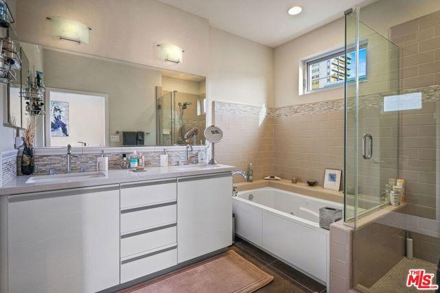 310 Washington Blvd 304, Marina del Rey, CA 90292 photo 18