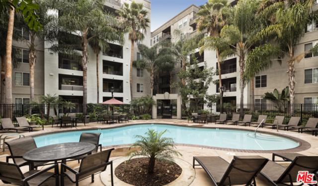 2200 COLORADO Avenue, Santa Monica CA: http://media.crmls.org/mediaz/AB3C93E2-D4AB-4BF5-BDCA-9B308D62810F.jpg