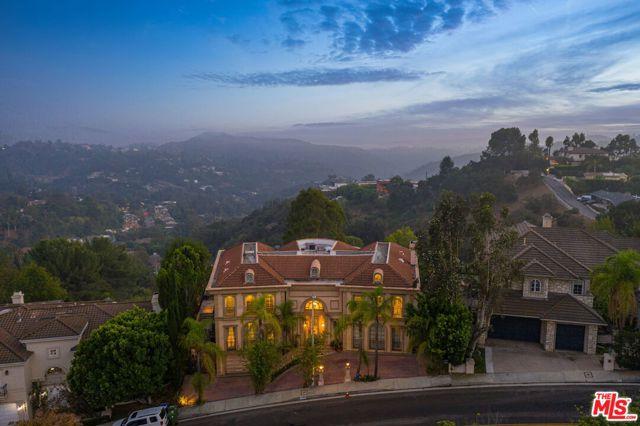 3171 Deep Canyon Drive  Beverly Hills CA 90210