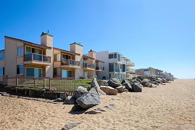 1246 Seacoast Dr, Imperial Beach CA: http://media.crmls.org/mediaz/ABBCC832-FE32-4AED-BFDC-05190E828354.jpg