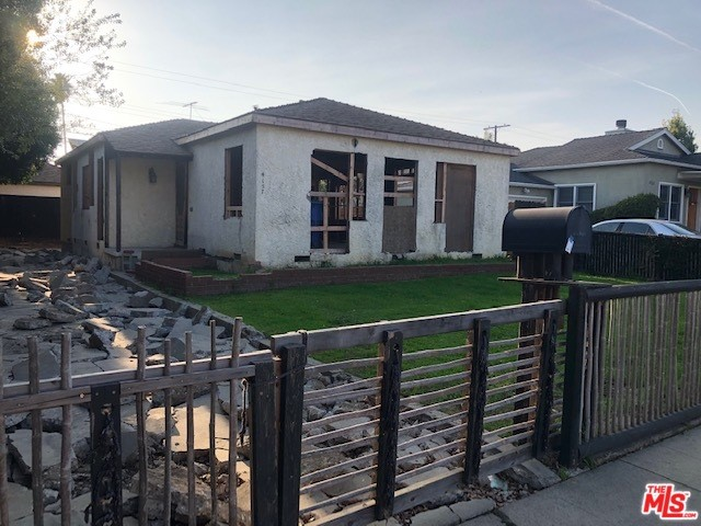 4157 BEETHOVEN Los Angeles CA 90066