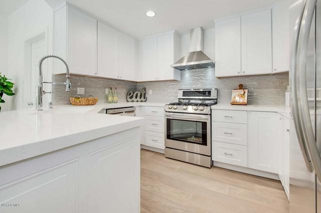 5777 Tanner Ridge Avenue, Westlake Village CA: http://media.crmls.org/mediaz/AC11114E-1448-4010-AD46-F2BDDCBA21D3.jpg