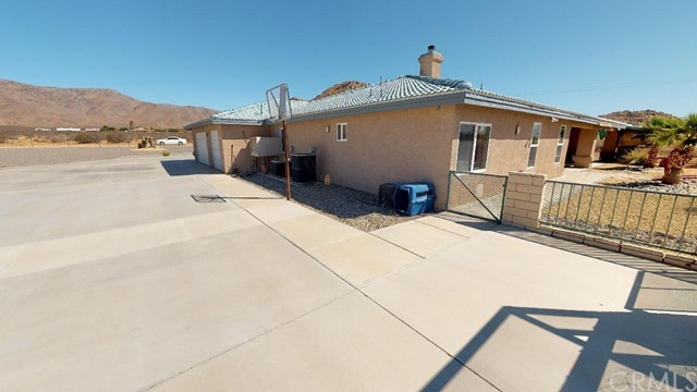 13724 Yuma Road Apple Valley CA 92307