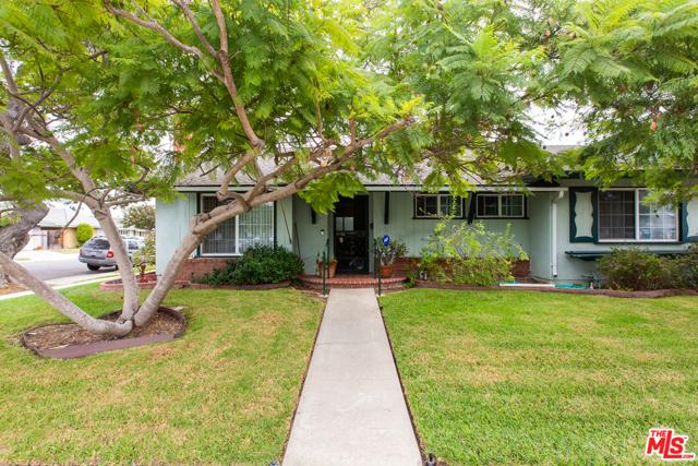 Photo of 2884 Regis Lane, Costa Mesa, CA 92626