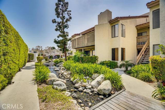 Photo of 16581 Grunion Lane #100, Huntington Beach, CA 92649