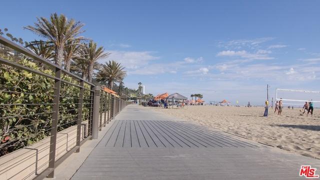 270 PALISADES BEACH Road, Santa Monica CA: http://media.crmls.org/mediaz/ACB365B6-9824-4447-8592-C1A2314C7C89.jpg