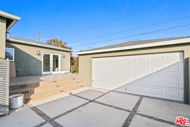 12612 Rose Ave, Los Angeles, CA 90066 photo 25