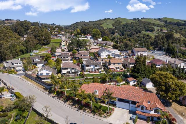 21798 Independent School Road, Castro Valley CA: http://media.crmls.org/mediaz/AD828BF1-6F7A-4FF0-A872-AD0EED4444C7.jpg