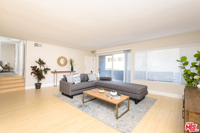 11627 CHENAULT Street # 4 Los Angeles CA 90049