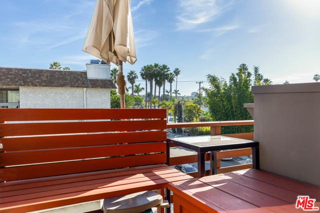 3976 Beethoven St, Los Angeles, CA 90066 photo 16