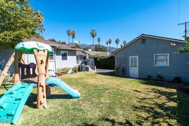 2180 Brigden Road, Pasadena CA: http://media.crmls.org/mediaz/AE082772-B950-4C60-B083-F15C3847FD49.jpg