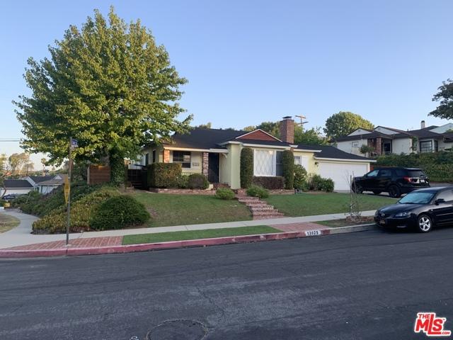 13025 PSOMAS Way, Los Angeles, CA 90066