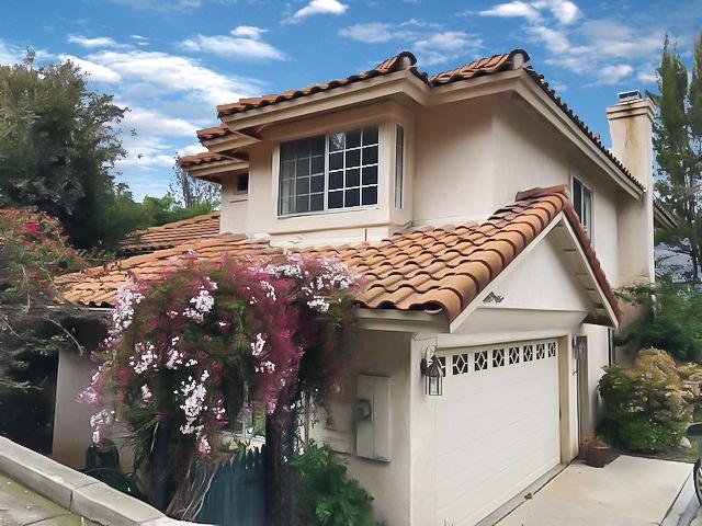 4727 Garfield St, La Mesa CA: http://media.crmls.org/mediaz/AE4F0AD6-5C75-4B74-8299-AB1C9E39A995.jpg