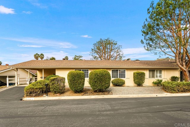 Detail Gallery Image 1 of 1 For 1868 Fairway Park #A,  Escondido,  CA 92026 - 2 Beds | 2 Baths