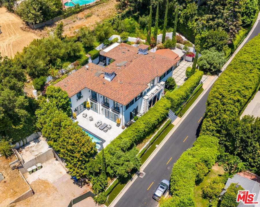 1133 Tower Road #  Beverly Hills CA 90210