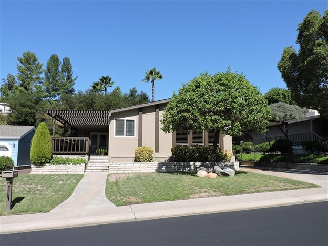 Photo of home for sale at 8975 Lawrence Welk Dr, Escondido CA