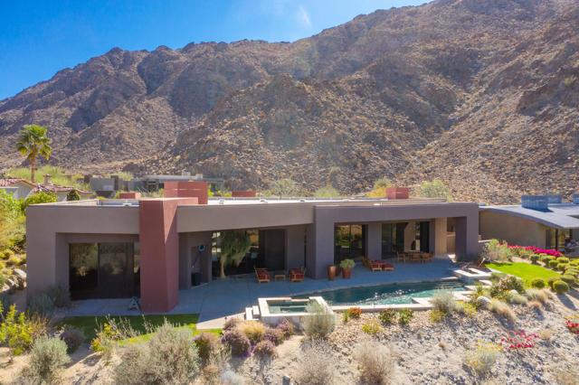 49755 Desert Vista Drive, Palm Desert CA: http://media.crmls.org/mediaz/AFE52E07-4D01-40D9-B4A1-5024DEE7756D.jpg