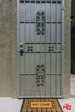 2741 S PALM GROVE Avenue, Los Angeles CA: http://media.crmls.org/mediaz/AFF71D86-01A6-49A6-8696-4C244D30E9FA.jpg