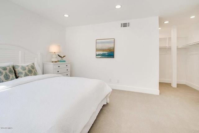 5777 Tanner Ridge Avenue, Westlake Village CA: http://media.crmls.org/mediaz/B00A0B76-D250-48F3-BAA6-254B0DD30117.jpg