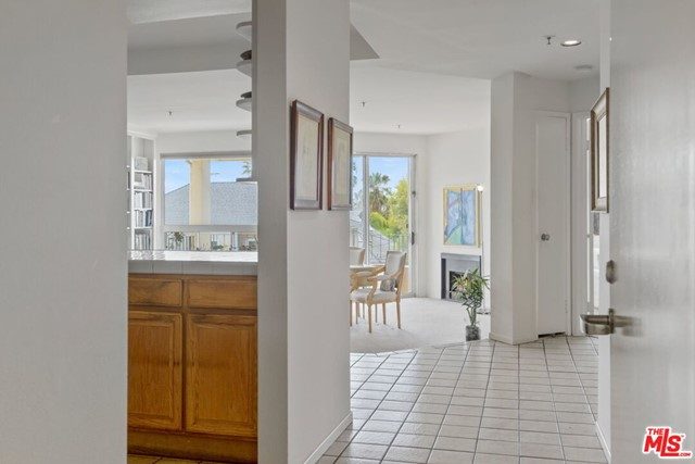255 Main St 204, Venice, CA 90291 photo 4