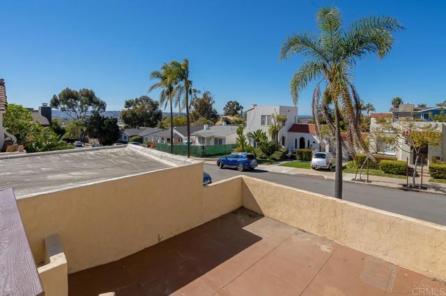 2345 Presidio Drive, San Diego CA: http://media.crmls.org/mediaz/B0EFDE24-5729-4617-BD7E-6471A6327EE2.jpg