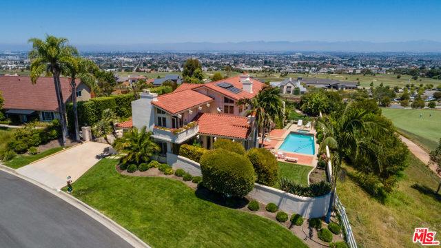 Photo of 1 CLUB VIEW Lane, Rolling Hills Estates, CA 90274