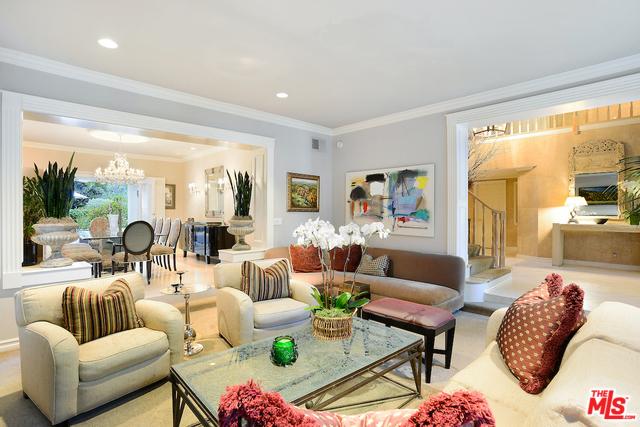 房产卖价 : $425.00万/¥2,924万