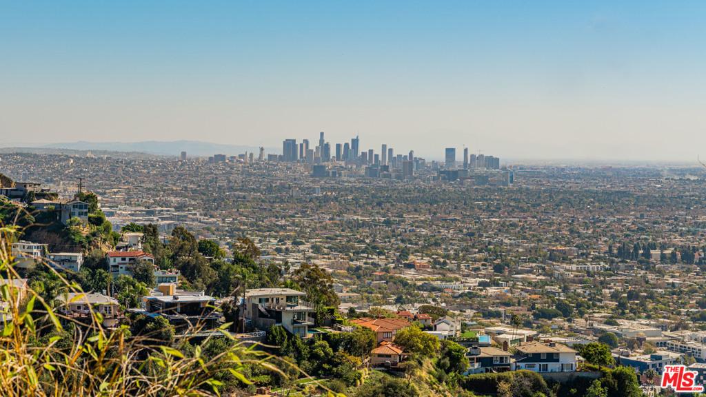 1492 Blue Jay Way #  Los Angeles CA 90069