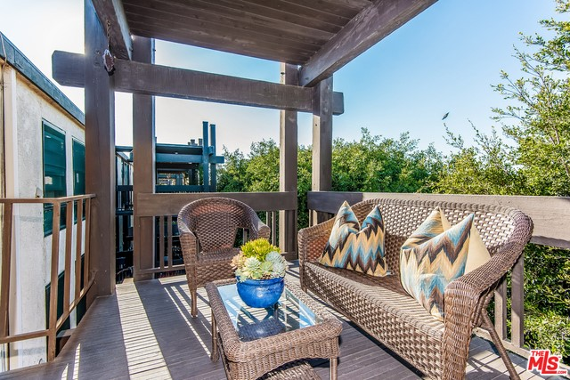 7742 REDLANDS Street H3035 Playa del Rey, CA 90293 is listed for sale as MLS Listing 16177764