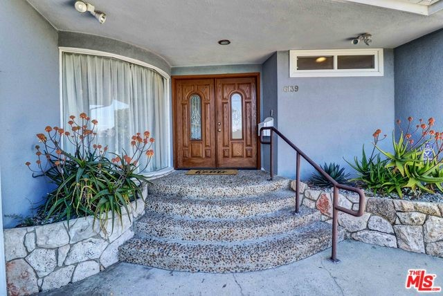 6139 WOOSTER Ave, Los Angeles, CA 90056