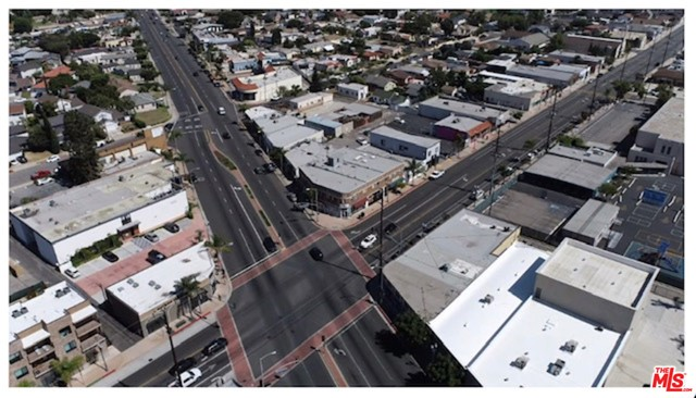 24606 NARBONNE Avenue, Lomita CA: http://media.crmls.org/mediaz/B231356D-B189-4032-B8FB-FECA44F73730.jpg