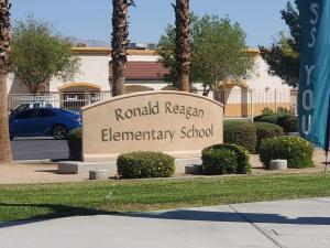 120 Brenna Lane, Palm Desert CA: http://media.crmls.org/mediaz/B23FB598-CA30-4496-88E1-13FCE9886E37.jpg