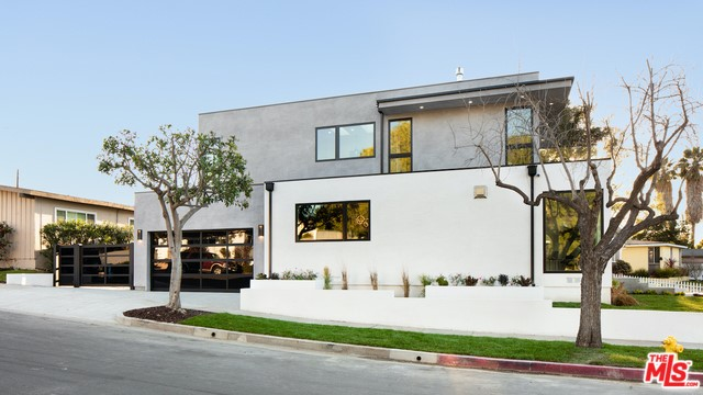 11440 Victoria Ave, Los Angeles, CA 90066 photo 32