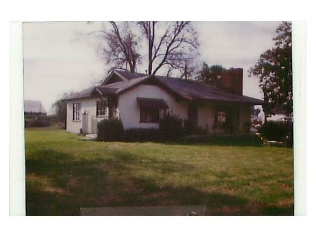 Photo of home for sale at 5724 Hall Road, Modesto CA