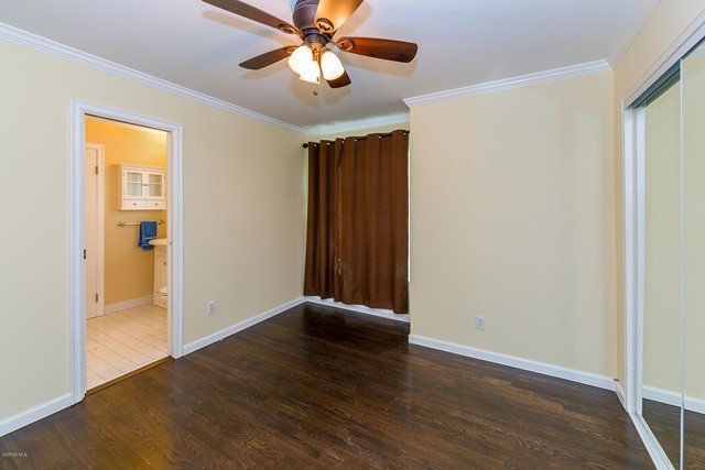 23127 Victory Boulevard, West Hills CA: http://media.crmls.org/mediaz/B26FE8C1-2782-4D1D-BE9F-997D3A72B10D.jpg