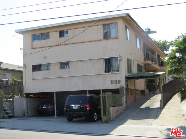 1109 Ardmore Avenue, Los Angeles, California 90006