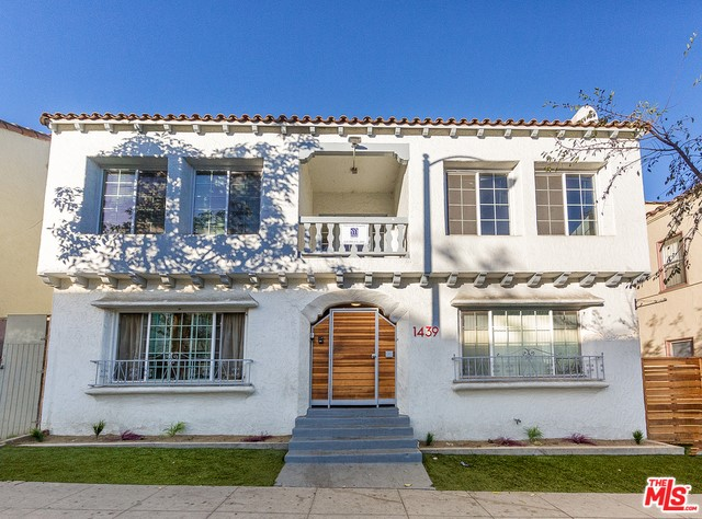 Single Family for Sale at 1439 Cedar Avenue Long Beach, California 90813 United States