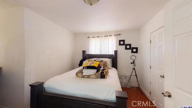 4548 Huntington E Drive, Los Angeles CA: http://media.crmls.org/mediaz/B2ACDB81-4846-4986-B2B3-56CC9E9438FB.jpg