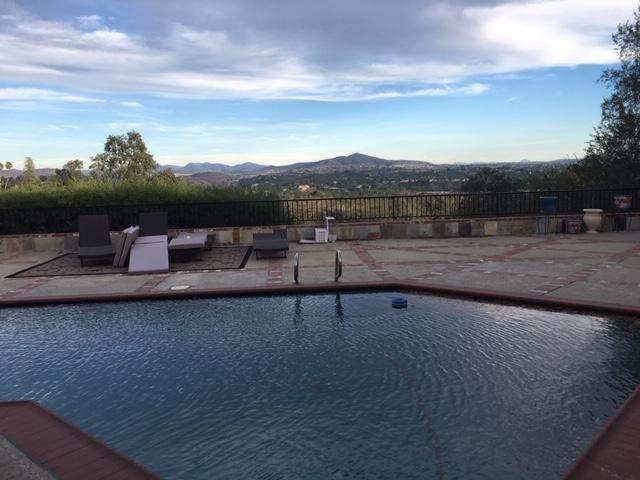 5665 Linea Del Cielo, Rancho Santa Fe CA: http://media.crmls.org/mediaz/B2F578E3-0313-4A50-AB1B-891E413AECCE.jpg